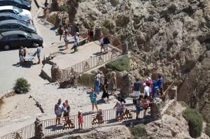 RG110817- REPORTAJE FARO CABO DE GATA Y TURISMO EN ARRECIFE DE LAS SIRENAS - TURISTAS