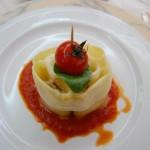 Plato de pasta durante comida en la escuela de Hostelería y restauración de Brindisi