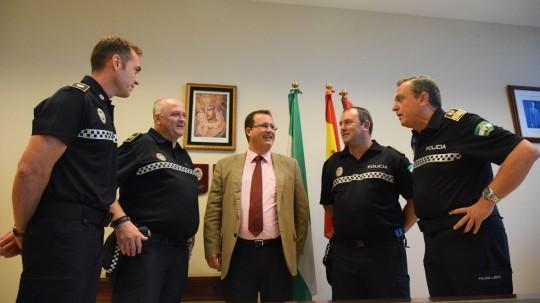 Foto RECIBIMIENTO POLICÍAS LOCALES