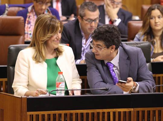 Pleno en el Parlamento de Andalucía con Susana Díaz.