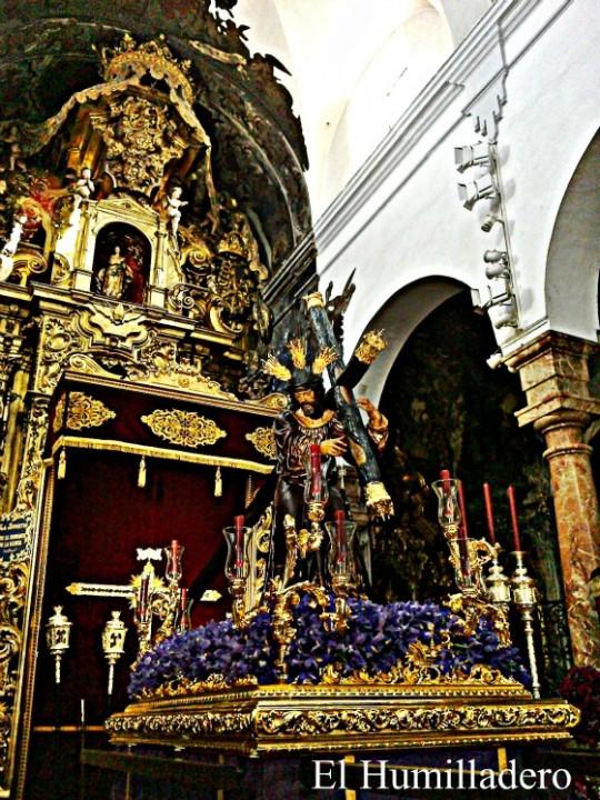 Todo listo para el Vía Crucis de las HH.y CC de Sevilla.