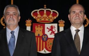 Los ex presidentes de la Junta Manuel Chaves y José Antonio Griñán, en un acto de homenaje a la Constitución