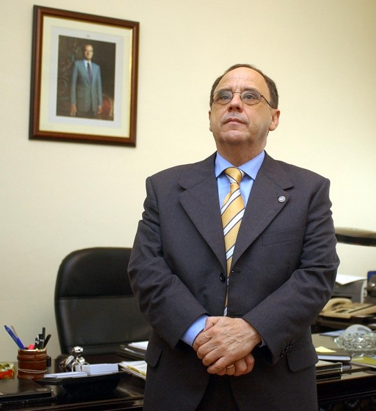 El catedrático Santiago Romero Granados.