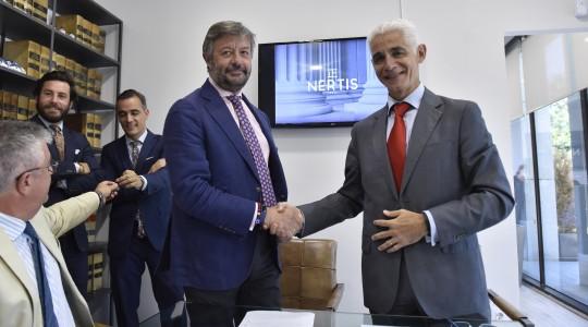 Firma de una alianza del bufete Nertis Manuel Salinero con una firma alemana