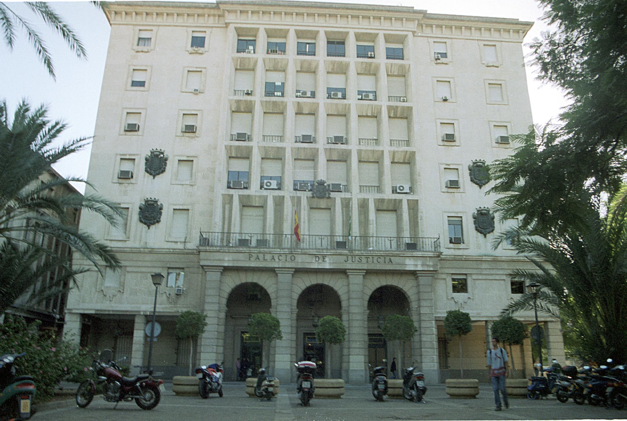 El edificio de la Audiencia Provincial de Sevilla
