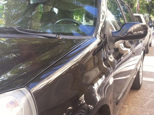El coche que traslada a Alaya, tras las mejora de chapa y pintura...