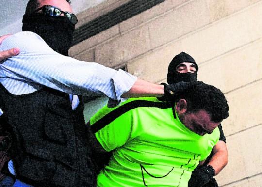 La Policía recupera los cadáveres del turco y de Sandra Capitán y su hija