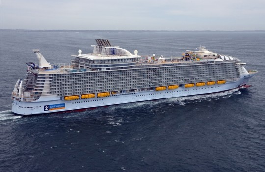 Symphony of the Seas RC