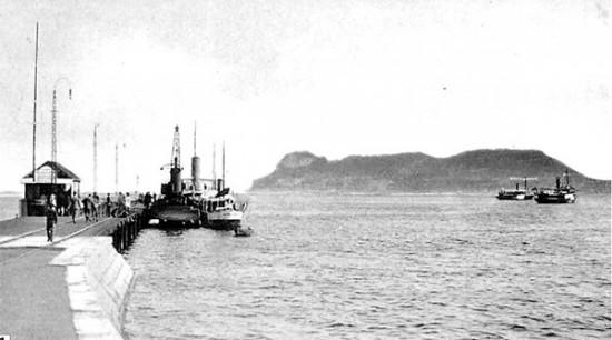 El puerto y la bahía