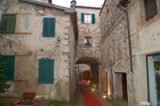 Invierno cerrado en Castellina in Chianti, capital del vino