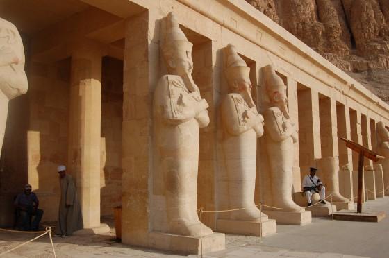 Una de las terrazas del templo de Hatshepsut