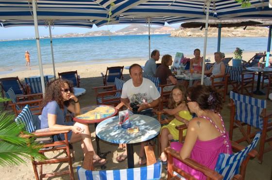 Y el primer desayuno en la playa del santo.
