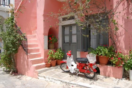 Casa y vehículo en Halki, pueblo en el interior de la isla de Naxos
