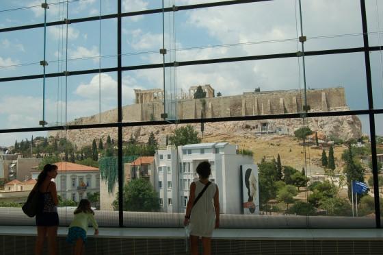Vista desde el impresionante Nuevo Museo de la Acrópolis