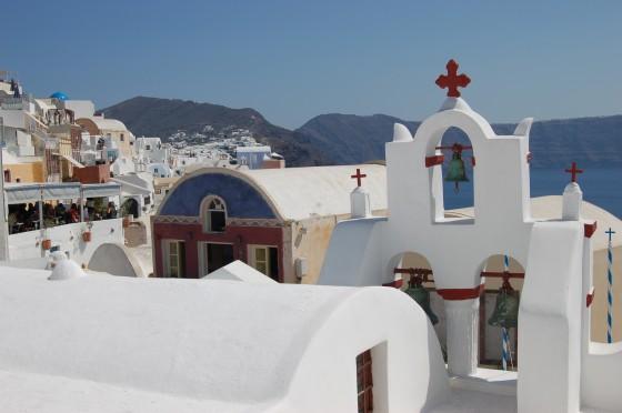 Iglesias y casas en Oia