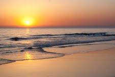 Panorámica de la playa de El Palmar, al atardecer