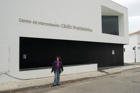 El moderno edificio del Centro Prehistórico de Benalup