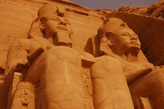 Abu Simbel, perdido en el desierto.