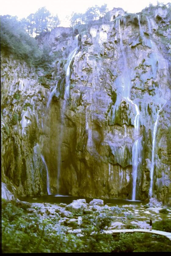 La cascada más grande del parque