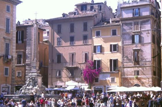 Un detalle de la Piazza della Rotonda