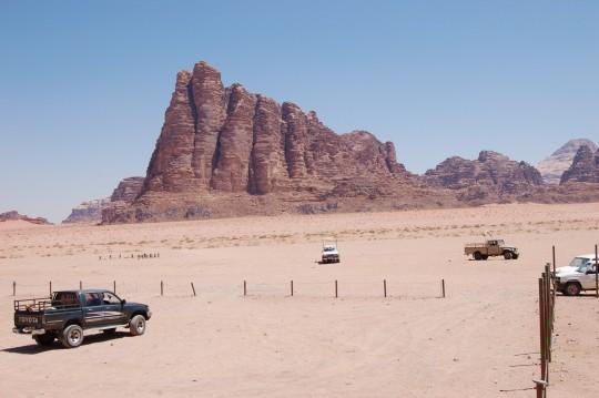 Resultado de imagen de Siete Pilares de la Sabiduría wadi rum roca