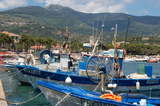 Puerto y playa de Marina del Campo.