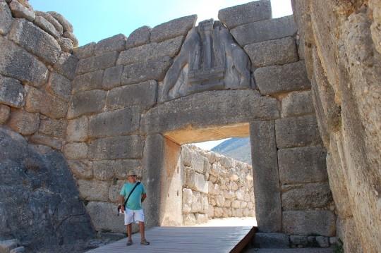 La Puerta de los Leones de Micenas, sacada de los libros de aventuras. Es real.