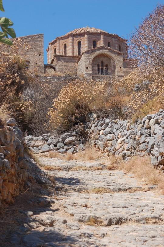 La iglesia de Santa Sofía, único edificio en pie en la ciudadela.