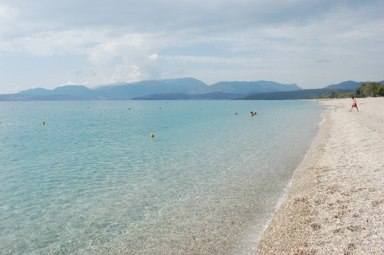 La playa de Mavrovouni, muy cerca del pueblo.