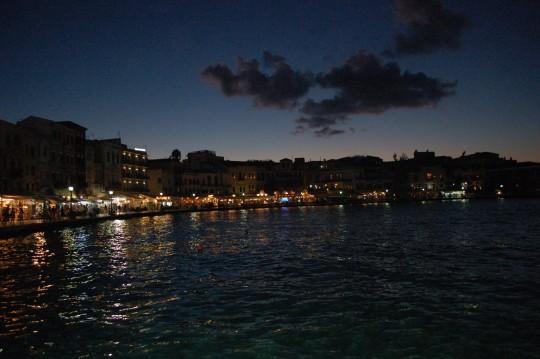 El puerto de La Canea, al anochecer.
