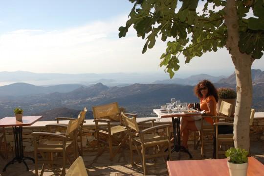 El almuerzo en el restaurante Rotonda, comida con vistas.