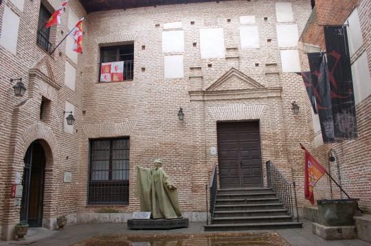El edificio testamentario de Isabel la Católica.