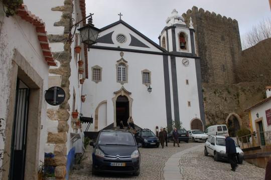 Cerca del castillo.