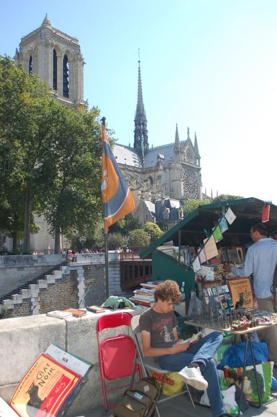 Los 'bouquinistes' están siempre a la orilla del Sena.