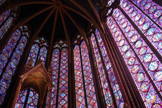 Paredes de luz en la Saint Chapelle.