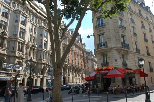 La place de Saint-André des Arts, estupendas terrazas.