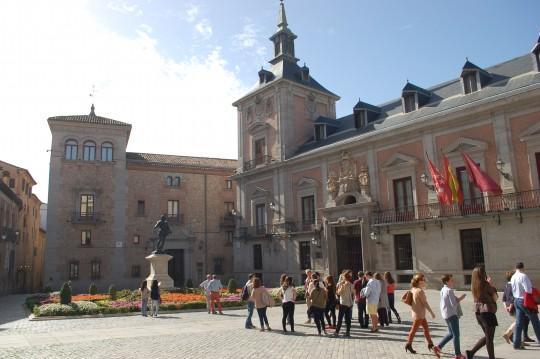 La plaza de la Villa...
