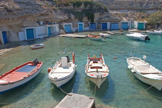Barcas en Mandrakia.