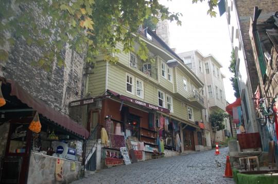 Una calle del barrio de Sultanahmet.