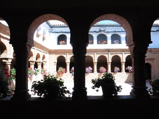 El claustro mudéjar del Monasterio.