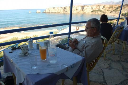Primer desayuno en Creta. Por fin.