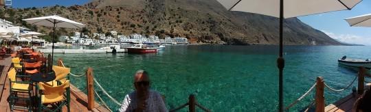 En la bahía de Loutro, uno de nuestros paraísos cretenses, hace algo más de un mes.