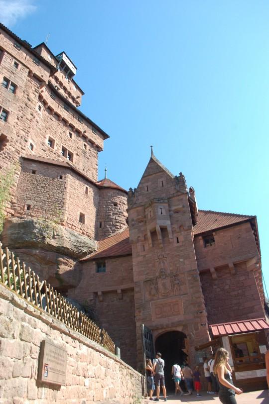 Vista parcial del castillo de Haut Koenigsbourg.