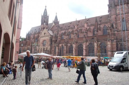 La Catedral, más conocida como el Monasterio (Münster).