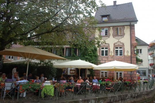Terraza junto al canal en la zona de Gerberau.