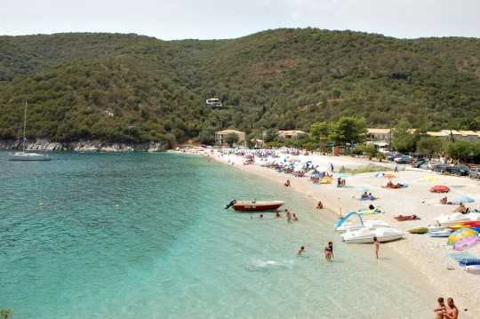 Mikrós Gialós, o Playa Pequeña, cerca de Sivota.