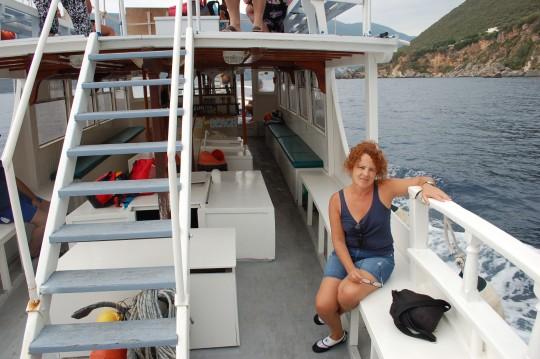 En el barco de vuelta de Agiofili a Vasilikí.