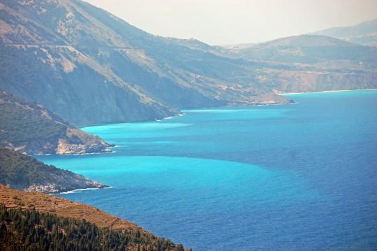 La carretera hacia Myrtos es espectacular.