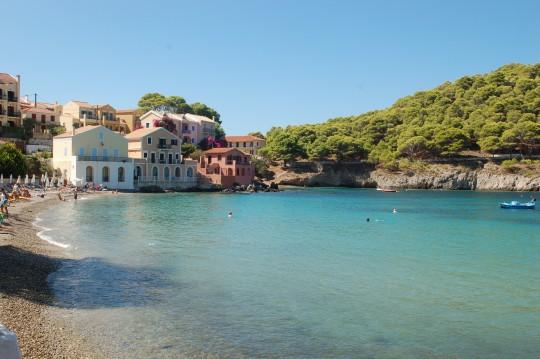 La pequeña Bahía de Assos.