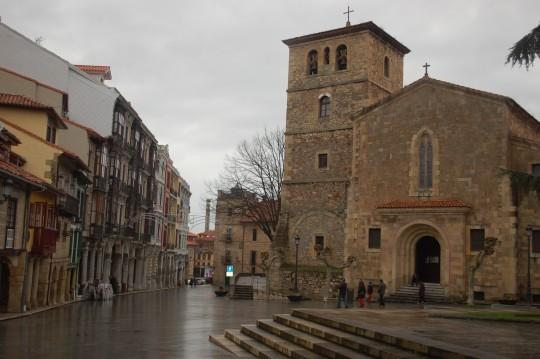 La iglesia de San Nicolás de Bari.